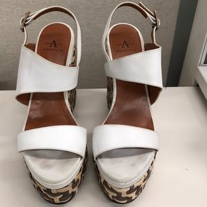 Aquatalia Wedges size 9